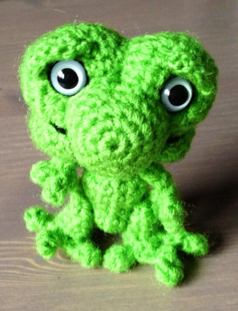 Amigurumi Green Frog : Frog Amigurumi by elrincondepatri on Etsy