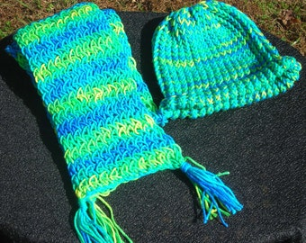 Blue Green Hat and Scarf Set