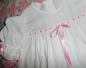 Child's Victorian/Heirloom  Nightgown -White Eyelet Trimmed Size 8-12