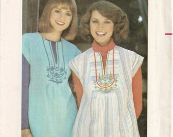 1970s Butterick Pattern 4934 Ladies Top