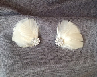 Pale Blush Feather and  Rhinestone  Shoe Clips