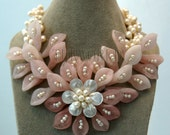 beadwork necklace,bib necklace,statement necklace,Beaded Jewelry,flower necklace ,choker necklace,Pearl Necklace With pearl