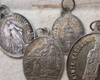 Lot 5pcs antique 19th century  sterling silver sacred heart Virege Mary Jesus Our lady Gardes sainte Radegonde religious medals  pendant