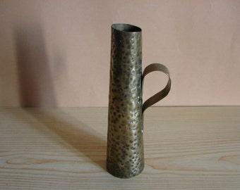 Vintage Hammered Brass Bronze Vase with Handle / Elegant Metal  Brass Vase / Vintage Home Decor