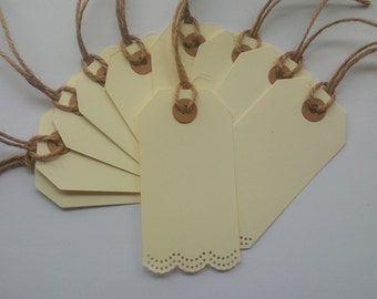 Cream Luggage Tags with Doily Frill Border Detail / Labels / Place Name Cards / Wishing Tree Tags - Pack of 10