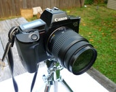 Canon eos 650 AF/MF , 35-80mm f4-5.6 III macro zoom lens compatible with  eos  slr 400D,etc