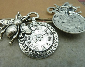5pcs 41x42mm Antique Bronze/ Antique Silver Bee and Clock Chams Pendants Jewelry Accassories AC3040