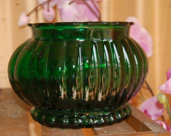 Vintage Planter/Vase Ribbed Emerald Green