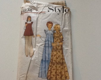 Vintage 1970's Style pattern 4874. Maternity dress, pinafore or tunic size 16