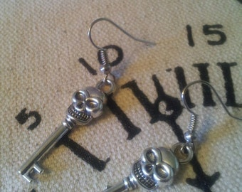 On Sale 30% off Scull Key Earrings