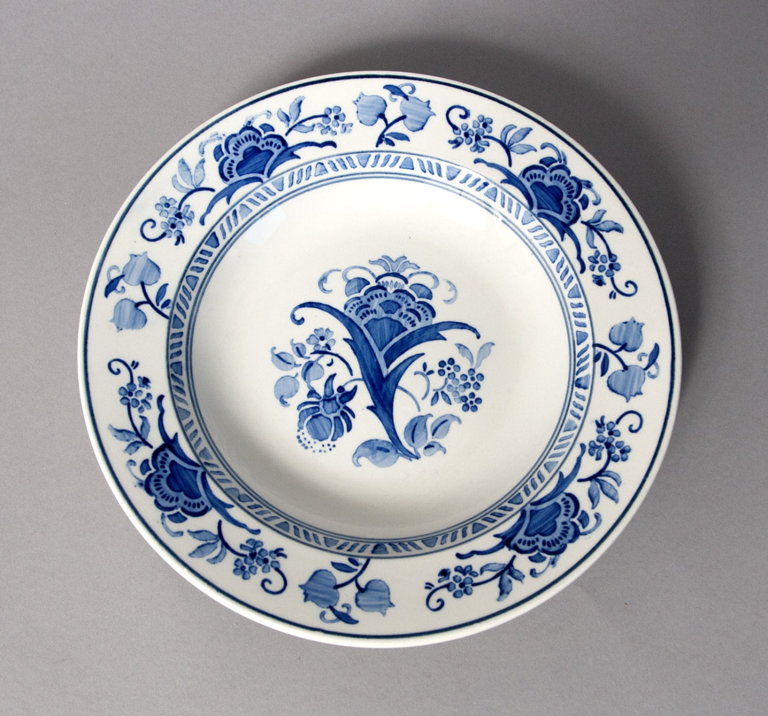 Plate villeroy boch blue white porcelain germany china for Villeroy and boch plates