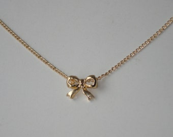 Gold Bow Pendant Necklace - Small Charm Jewellery - Everyday Modern Simple Jewellery