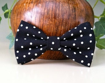 Dog Bow Tie- Black with White Polka Dots