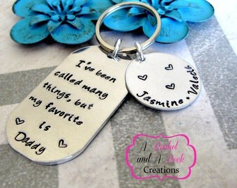 Personalized Hand stamped dad/daddy/mom/mommy/grandpa/nana key chain