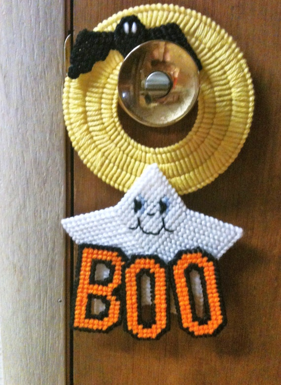 How To Change A Door Knob >> Ghost Boo Door Knob Hanger Needlepoint Plastic Canvas