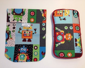 ROBOT Diaper & Wipes Pouch with Matching Wipes Case
