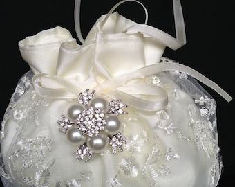 Lace Wedding Bag, Ivory or White Lace Bridal Purse, Bridal Money Bag, Pearl and Rhinestone