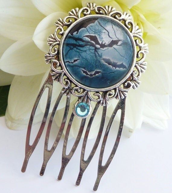 Small hair comb in silver with bats, halloween hair comb, night, blue hair comb, girls hair comb