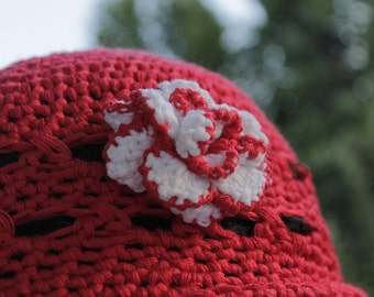 Sun hat for summer, romantic, hand-made, with toulle. for weddings, princesses and damsels