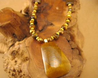 Tiger eye beaded necklace with gold chain