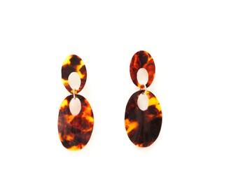 Smooth and elegant earrings, faux tortoiseshell, handmade.