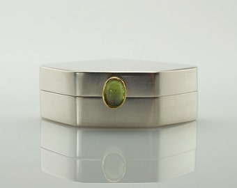 Sterling Silver Box with Peridot - Silver Pill Box - One of a Kind - Treasure Box - Presentation Box