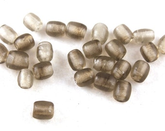 30x Smokey Quartz Vintage Glass Beads - B007