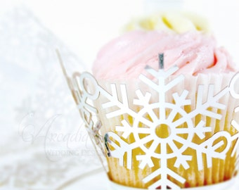 Winter Wedding Cupcake Wrapper 10 pcs, Snowflake Silhouette cup cake decor, Bridal shower dessert Decor, Party cake decor.