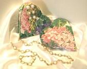 Vintage Milk Glass Jewelry, Three Piece Jewelry Ensemble, Gold Necklace Bracelet & Earing Ensemble, Milk Glass Jewelry