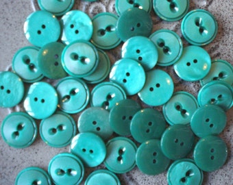 "Vintage buttons, green, set of 40, plastic, 1.5 cm / 0.5"", 70s (B-22)"