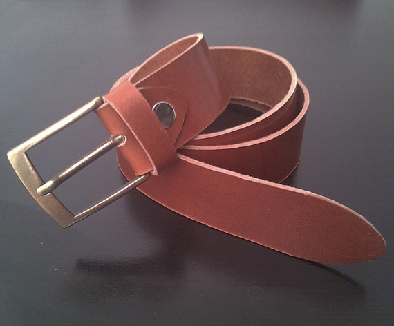 handcrafted leather belt by caradecuero on etsy