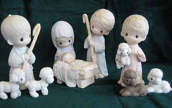 Precious Moments 16 pc Nativity Set