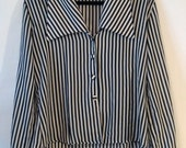 Vintage Long Sleeve Vertical Striped Button Up M/L