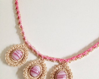 3 rose bead collar crochet necklace