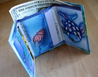 Wallet - Rainbow Fish - green - recycled tri-fold wallet
