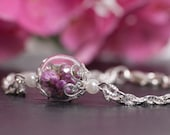 Real Heather Flowers in a Glass Globe on a Silver Bracelet, Real Flower Bracelet, Real Flower Jewelry, Heather Bracelet Gift, Dried Flowers