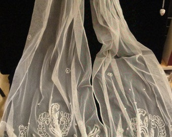 Beautiful Vintage white net and pearl scarf accessory