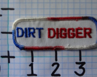 "Vintage ""Dirt Digger"" Motorcycle Patch (005)"