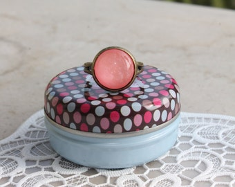SPARKLY pink ring