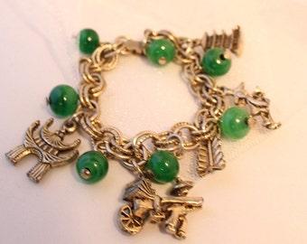 Kitsch!! Fun Vintage Chinesse motif CHARM bracelet. FAB charms!!