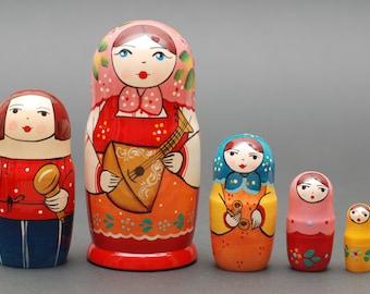 Russian Sergiev Posad Gzhel nesting doll matryoshka with balalaika 5 pc Free Shipping plus free gift!