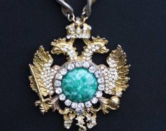 Vintage Neo Classical Peking Glass necklace