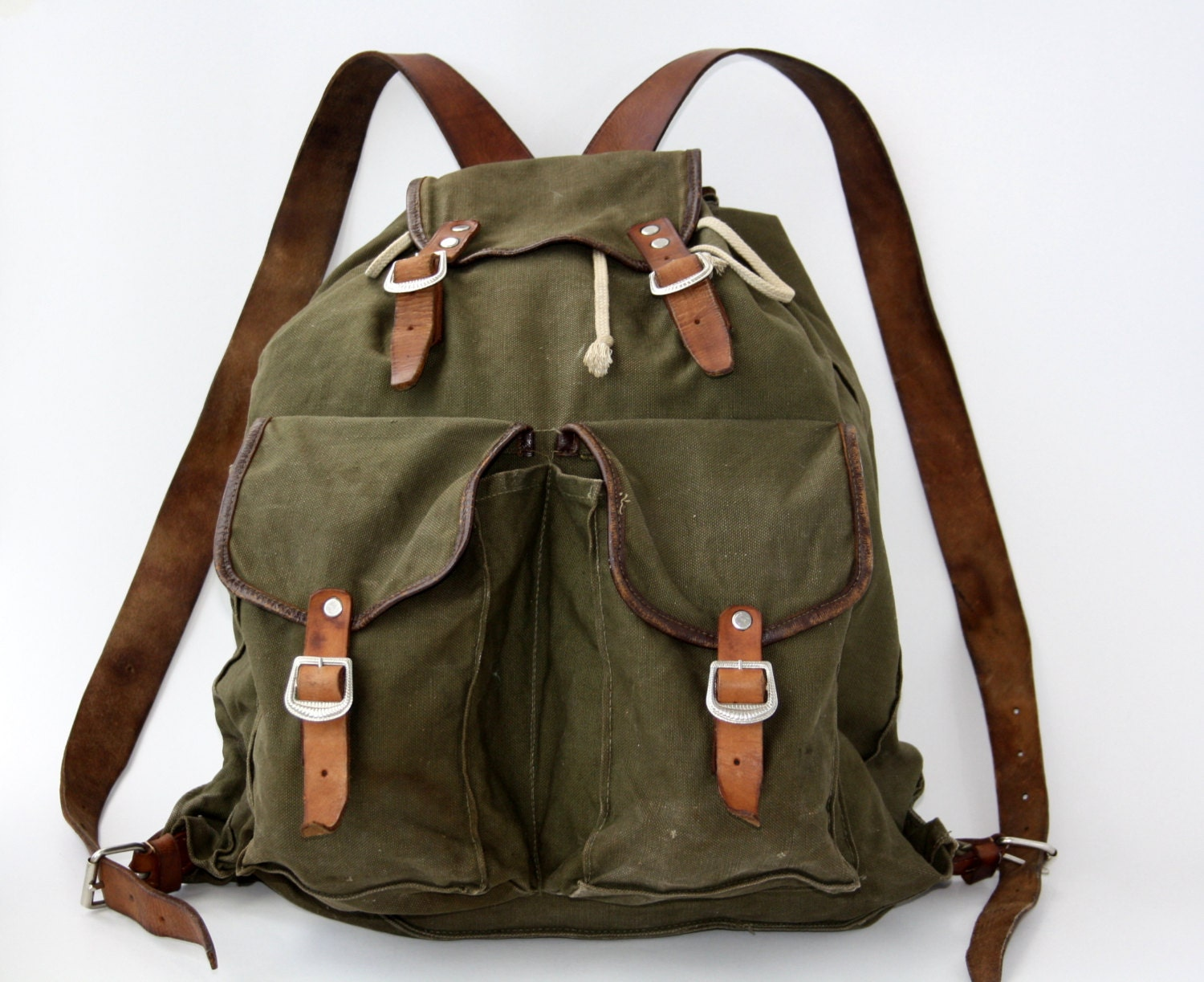 vintage military hiking backpack 70s 1970 canvas rucksack. Black Bedroom Furniture Sets. Home Design Ideas