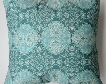 Pillow cover -  Fabulous Medallion print, fits a 20x20 - 100% Cotton