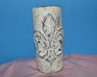 Fleur de Lis Vase