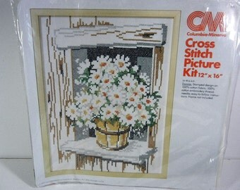 Vintage Cross Stitch Daisies Columbia Minerva