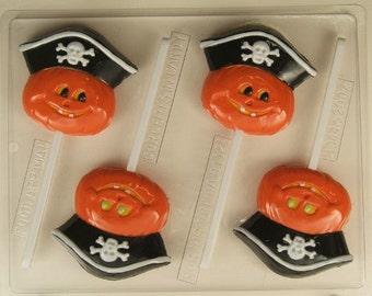 Smiling pumpkin w/ pirate hat H144