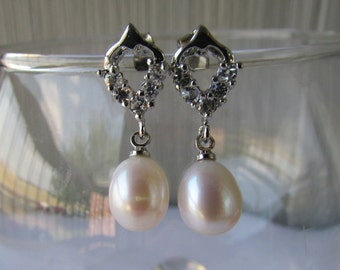 Smooth White Rice Fresh Water Pearl Earrings,Crystal Pearl Earrings,Drop Stud Pearl Earrings,Rhinestone Pearl Earrings,Stud Drop Earrings