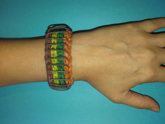 Rainbow Loom Bracelet REVERSIBLE Sailor by MaryannasLoomCorner