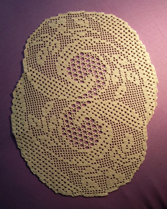 Crochet Patterns Oval Shape : ... Oval crochet Jing-jang shape doily; VerLen Crochet; Crochet tablecloth
